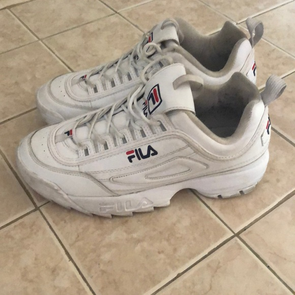 "Fila disruptorTrendy 90-talls tykk sneaker disruptor Trendy ""90's"" chunky sneaker"
